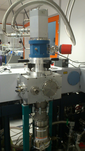 Photo of the close cycle cryostat AILES SOLEIL